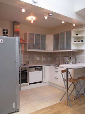 Great kitchenopens on the living room with tilefloor