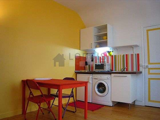 Very bright living room furnished with cupboard, 1 chair(s)