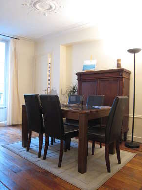 Dining room equipped with dining table, crockery