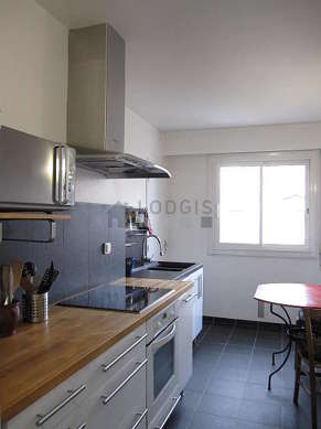 Beautiful kitchen of 9m² with tilefloor