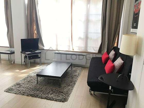 Very quiet living room furnished with 1 sofabed(s) of 140cm, tv, hi-fi stereo