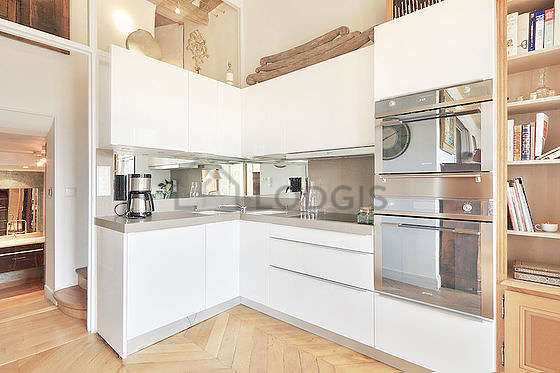 Great kitchen of 4m² with woodenfloor