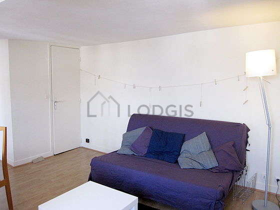 Very quiet living room furnished with 1 sofabed(s) of 160cm, dining table, coffee table, wardrobe
