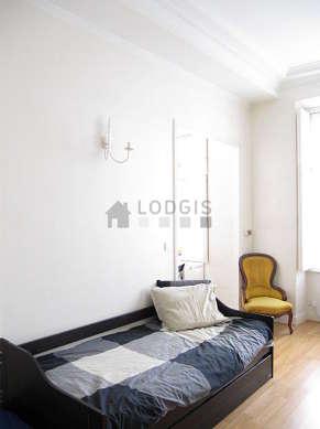 Chambre pour 1 personnes équipée de 1 lit(s) gigogne de 90cm