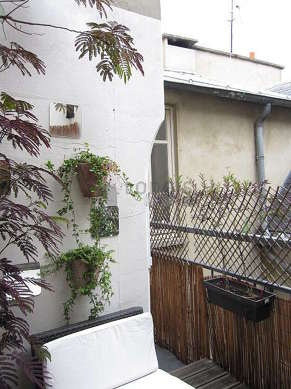 Terrasse équipée de 1 fauteuil(s)