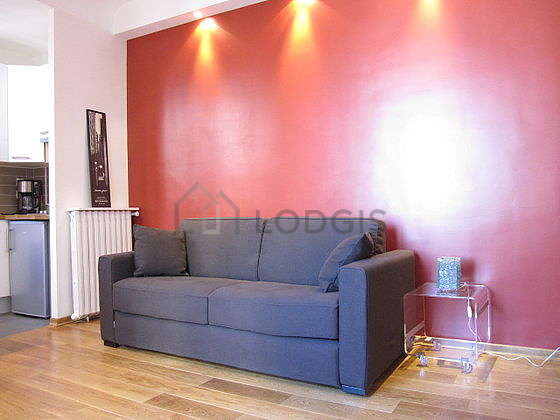 Very bright living room