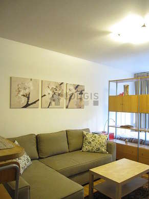 Quiet living room furnished with 1 bed(s) of 140cm, 1 sofabed(s) of 140cm, tv, hi-fi stereo