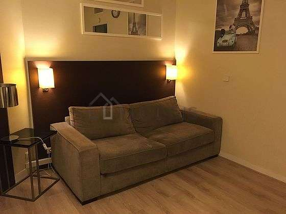 Living room furnished with 1 sofabed(s) of 140cm, tv, hi-fi stereo, wardrobe