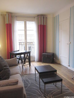 Beau séjour lumineux d'un appartementà Paris