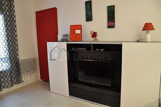 Very quiet living room furnished with 1 sofabed(s) of 90cm, 1 sofabed(s) of 140cm, wardrobe, cupboard
