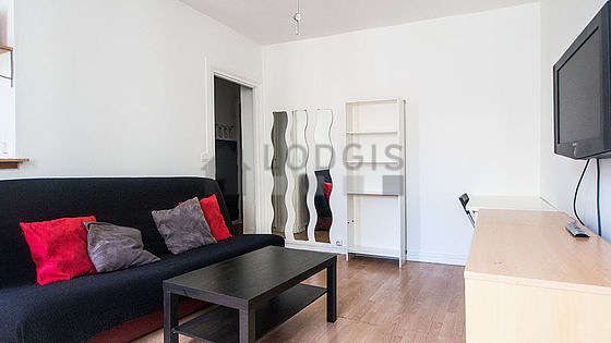 Living room furnished with 1 sofabed(s) of 140cm, tv, 1 armchair(s)