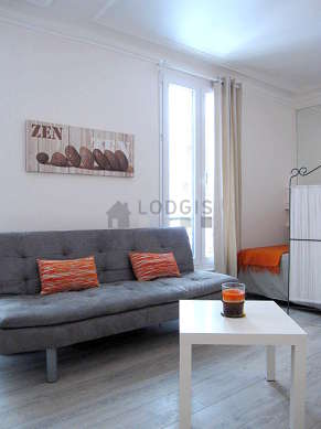 Very quiet living room furnished with 1 sofabed(s) of 140cm, 1 bed(s) of 140cm, tv, dvd player