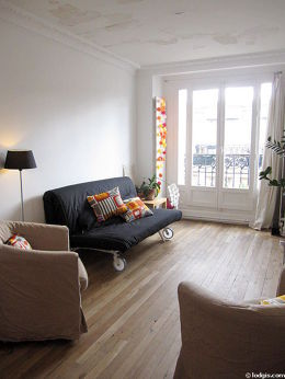 Quiet living room furnished with 1 sofabed(s) of 140cm, tv, hi-fi stereo, 2 armchair(s)