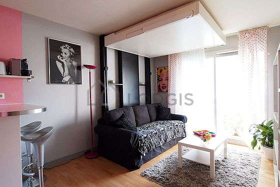Very quiet living room furnished with 1 sofabed(s) of 140cm, 1 bed(s) of 160cm, tv, cupboard