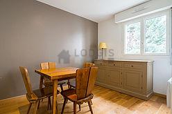 Apartment Paris 20° - Dining room