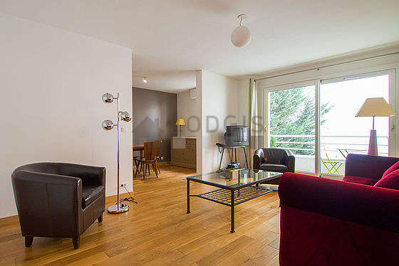 Very quiet living room furnished with 1 sofabed(s) of 140cm, tv, dvd player, 2 armchair(s)