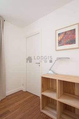 Chambre très calme pour 2 personnes équipée de 1 lit(s) gigogne de 90cm, 1 lit(s) d'appoint de 90cm