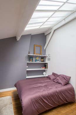 Beau séjour calme et très lumineux d'un appartementà Paris