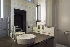 双层公寓 巴黎7区 - 浴室