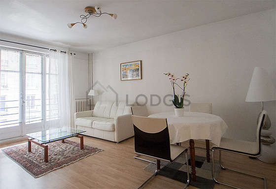 Very quiet living room furnished with 1 sofabed(s) of 140cm, tv, hi-fi stereo, 6 chair(s)