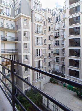 Quiet and bright balcony with concretefloor