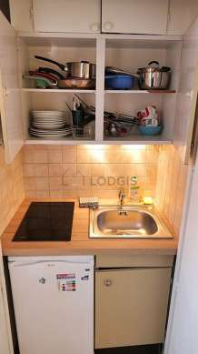 Beautiful kitchen of 1m² with woodenfloor