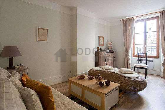 Quiet living room furnished with 1 pullout bed(s) of 90cm, sofa, coffee table, storage space