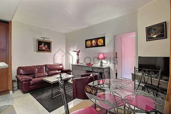Quiet living room furnished with 1 sofabed(s) of 140cm, tv, hi-fi stereo, 1 armchair(s)
