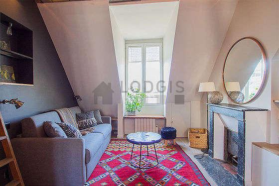 Séjour calme équipé de 1 lit(s) mezzanine de 90cm, 1 canapé(s) lit(s) de 140cm, télé, penderie