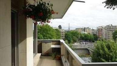 Neuillly Sur Seine 2ベッドルーム アパルトマン