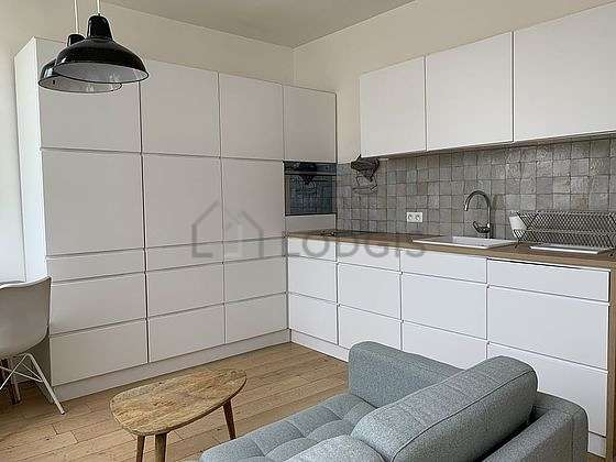 Great kitchen of 1m² with woodenfloor