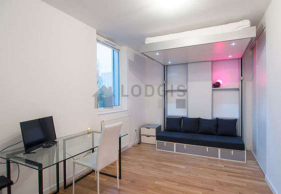 Very quiet living room furnished with 1 murphy bed(s) of 140cm, tv, 1 armchair(s), 1 chair(s)