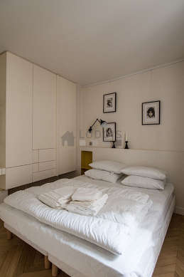 Bedroom with double-glazed windows facing the courtyard