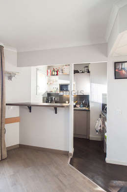 Beautiful kitchen of 3m² with woodenfloor