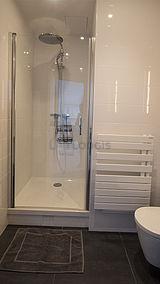 Apartment Paris 9° - Bathroom