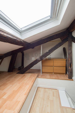 Very beautiful mezzanine equipped with storage space