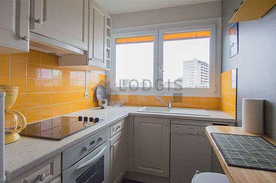 Great kitchen of 6m² with linoleumfloor