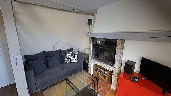 Quiet living room furnished with 1 sofabed(s) of 120cm, tv, hi-fi stereo, 1 armchair(s)