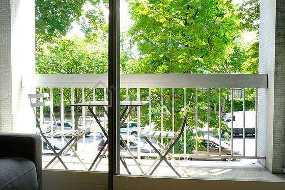 Balcony facing due south