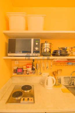 Bright kitchen