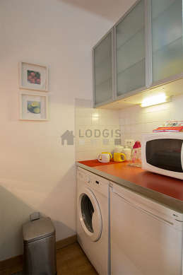 Great kitchen of 2m² with woodenfloor
