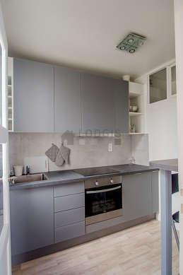 Great kitchen of 5m² with linoleumfloor