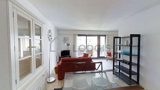 Very quiet living room furnished with 1 sofabed(s) of 140cm, tv, 2 armchair(s), 4 chair(s)