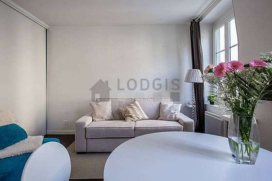 Very quiet living room furnished with 1 sofabed(s) of 180cm, tv, 1 armchair(s)