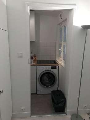 Beautiful kitchen of 3m² with linoleumfloor