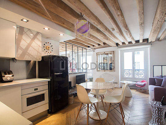 Kitchen where you can have dinner for 3 person(s) equipped with washing machine, refrigerator, freezer, extractor hood