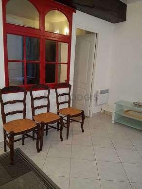 Living room of 17m² with tilefloor