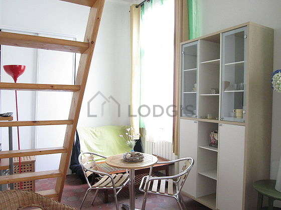 Bright living room furnished with 1 armchair(s), 2 chair(s)