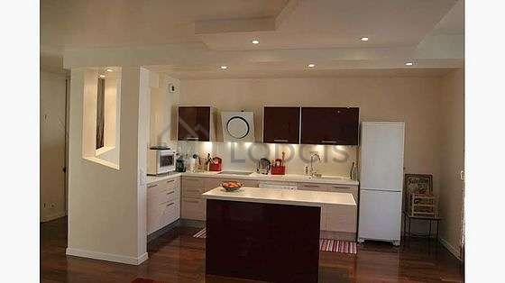 Great kitchen of 9m² with woodenfloor