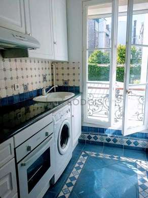 Beautiful kitchen with tilefloor
